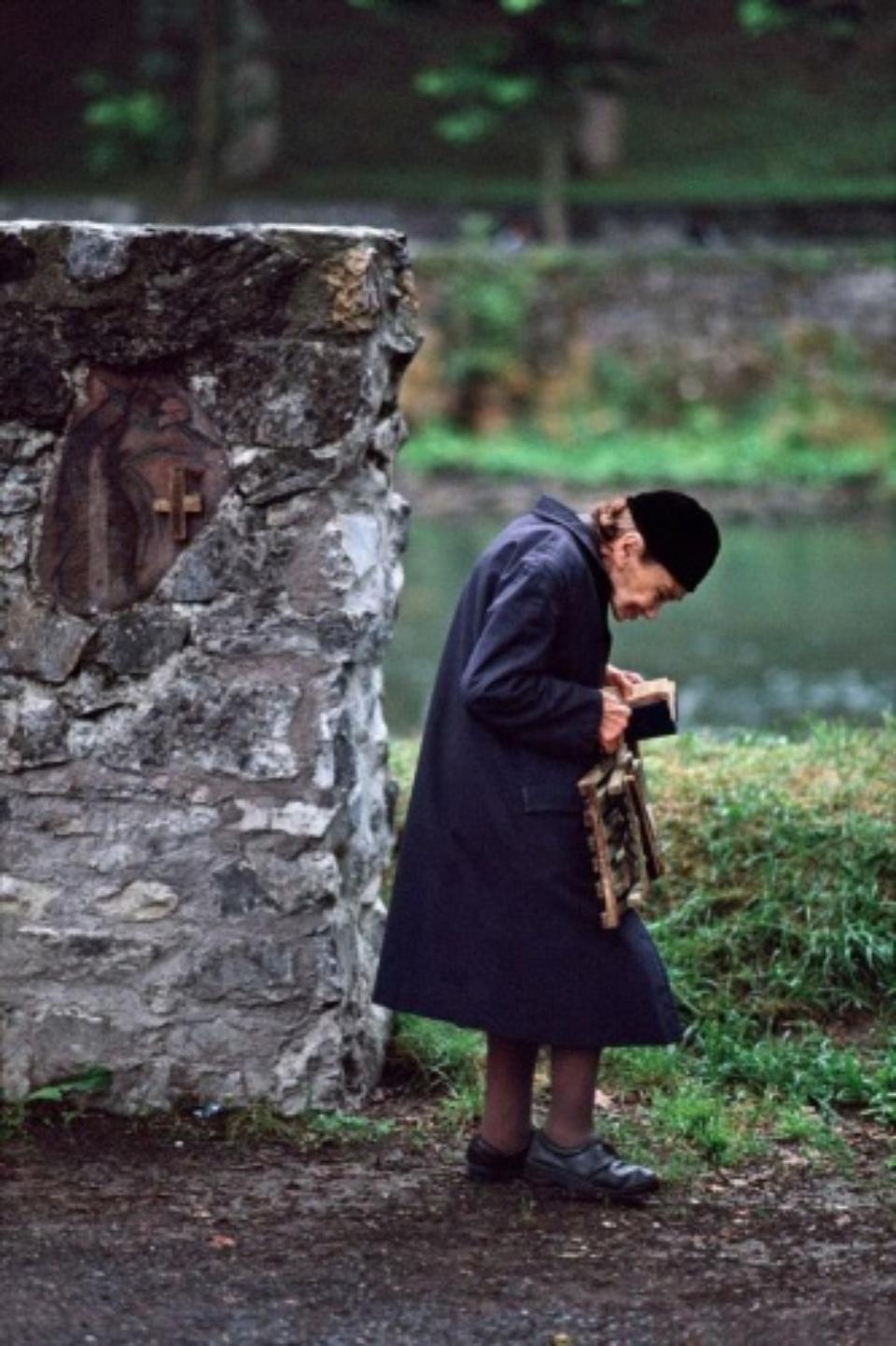 Steve McCurry: Lourdes, Frankreich