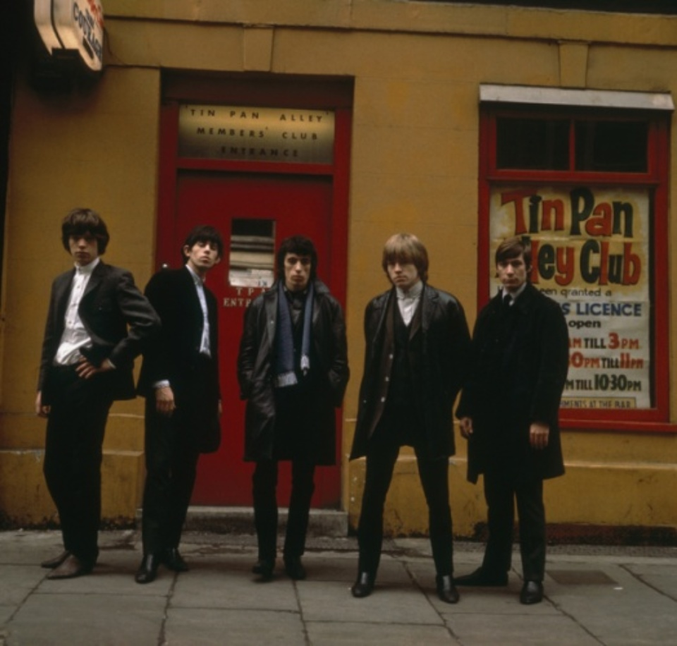 Terry O'Neill: The Rolling Stones Tin Pan Alley London, 1963 C-Print Signed on verso & on recto Numbered on verso 60,8 x 61,3 cm Ed. 20/50