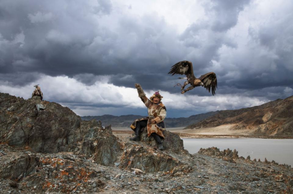 Steve McCurry: Hunter with Eagle Mongolai, 2018