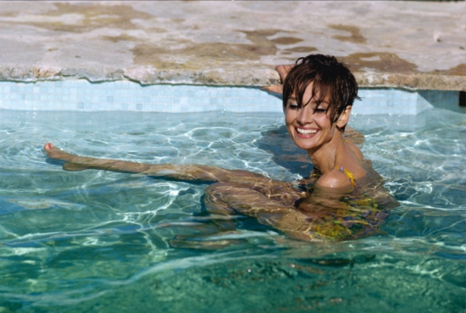 Terry O'Neill: Audrey Hepburn St. Tropez, 1967 Gelatin silver print, printed later Signed on recto Signed and numbered on verso 50 x 60 cm Editioned