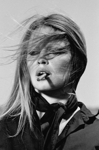 Terry O'Neill: Brigitte Bardot, Spain, 1971 Gelatin silver print Signed on recto 150 x 101 cm