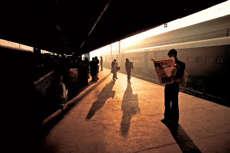 Steve McCurry: Train Platform at Old Delhi India, 1983 Signed, titled, dated and numbered on verso C-print, printed later 50 x 60 cm // 76 x 101 cm // 101 x 152 cm Editioned