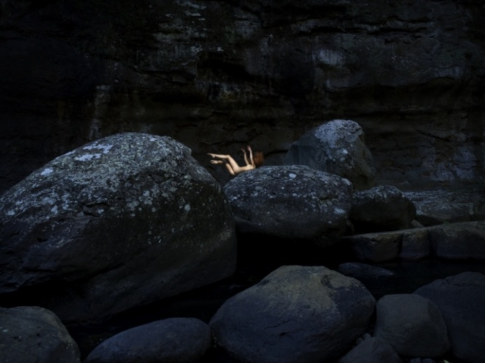 Toby Burrows: Fallen 2009 C-type photographic print 115 x 148 cm Ed. 8
