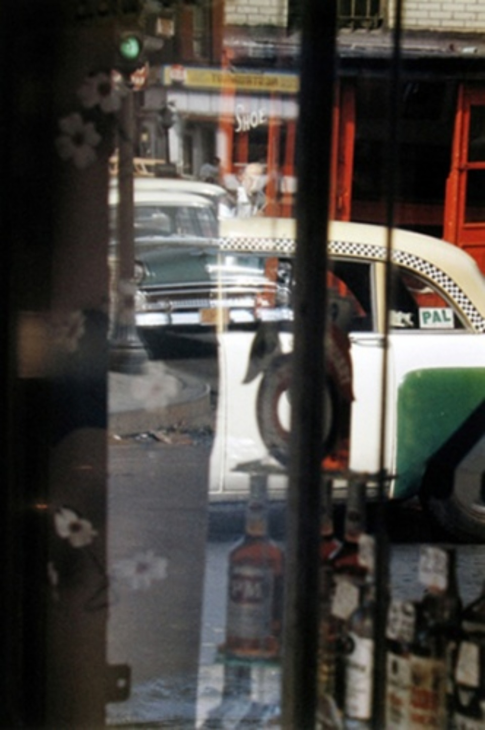 Saul Leiter: Taxi New York, 1956 Chromogenic print, printed later Signed on verso 35 x 28 cm