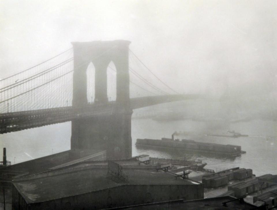 Andreas Feininger: Brooklyn Bridge in Fog New York, 1948 Gelatin silver print, printed later Initialed A.F. on verso 40 x 50 cm