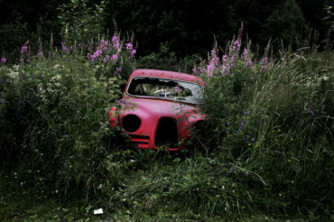 Antje Bakker: Offroad #5 Archival pigment print Signed, titled and numbered 80 x 150 cm Ed. 3