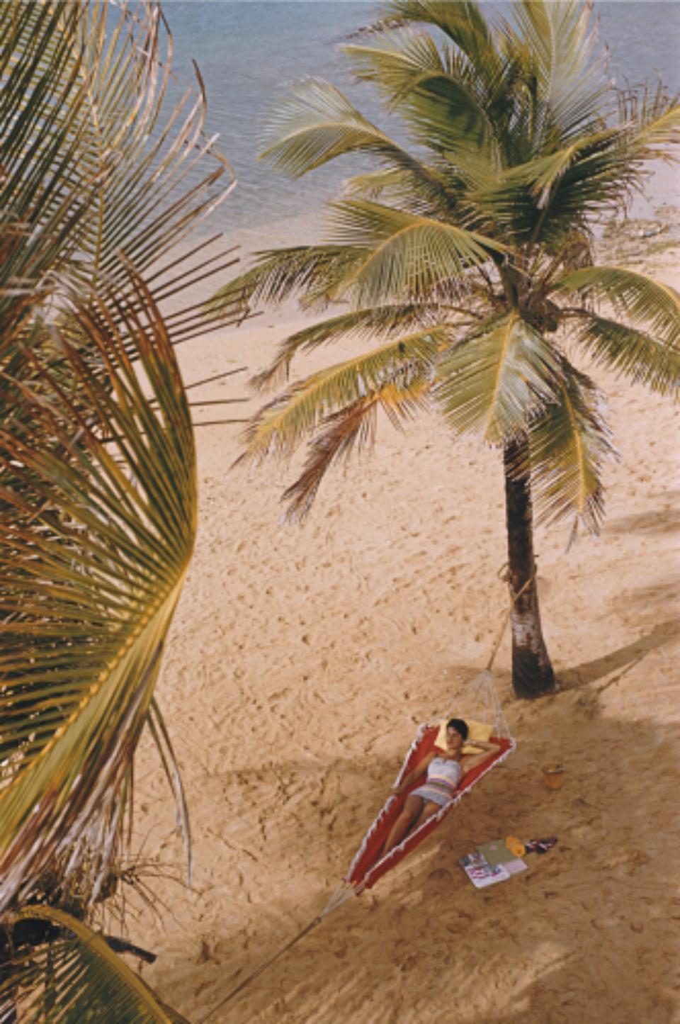 Slim Aarons: Caribe Hilton Beach 1956
