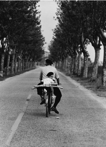 Elliott Erwitt. Provence, 1955