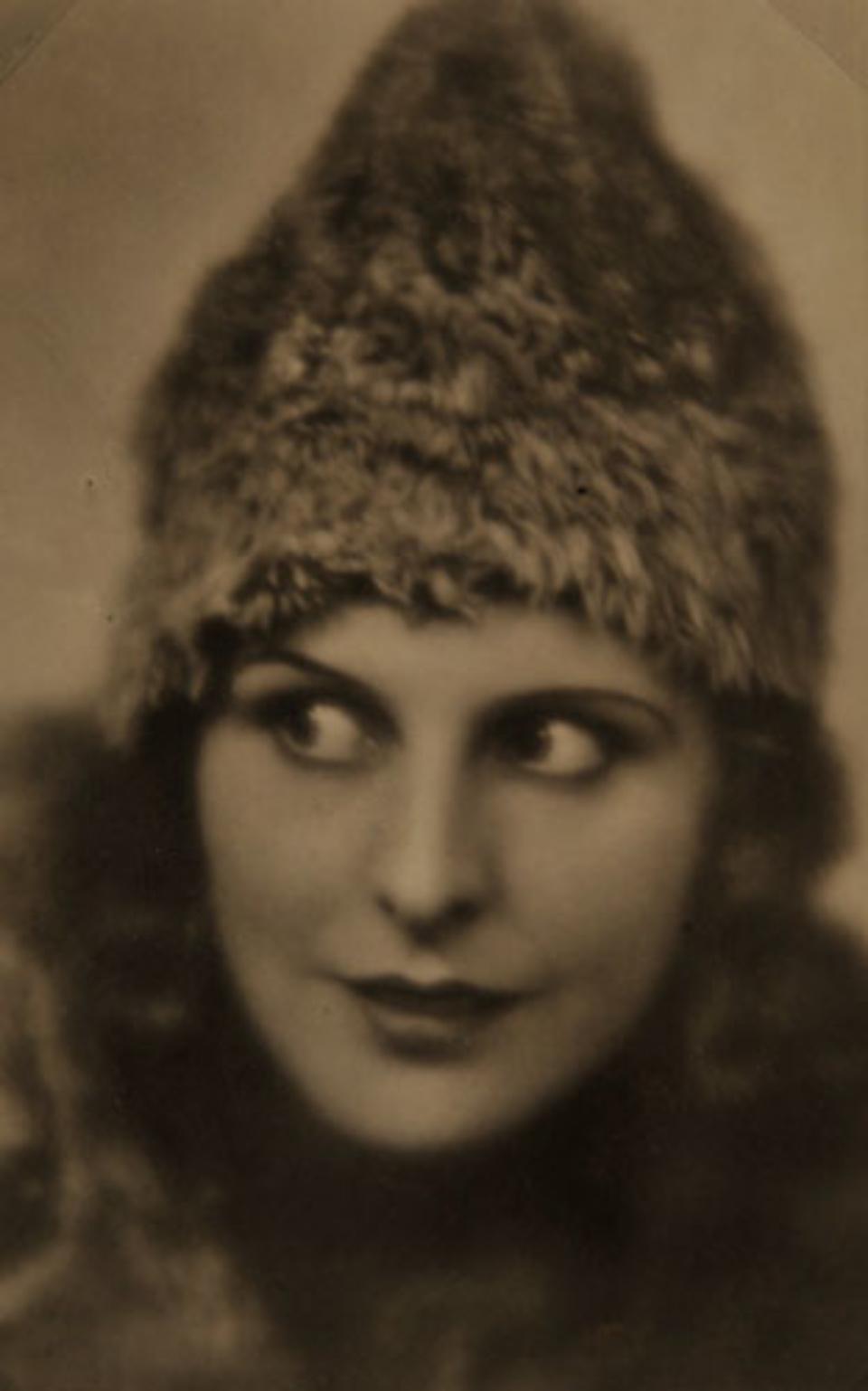 E.O. Hoppé Leni Riefenstahl, 1929 Vintage gelatin silver print