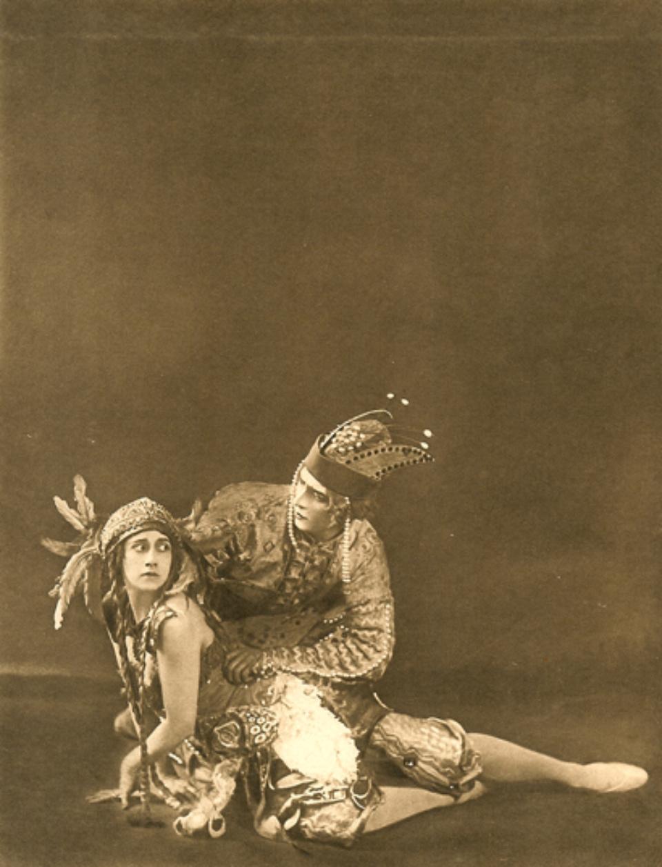 E.O. Hoppé Tamara Karsavina & Adolph Bolm, L'Oiseau de Feu 1911 Photogravüre