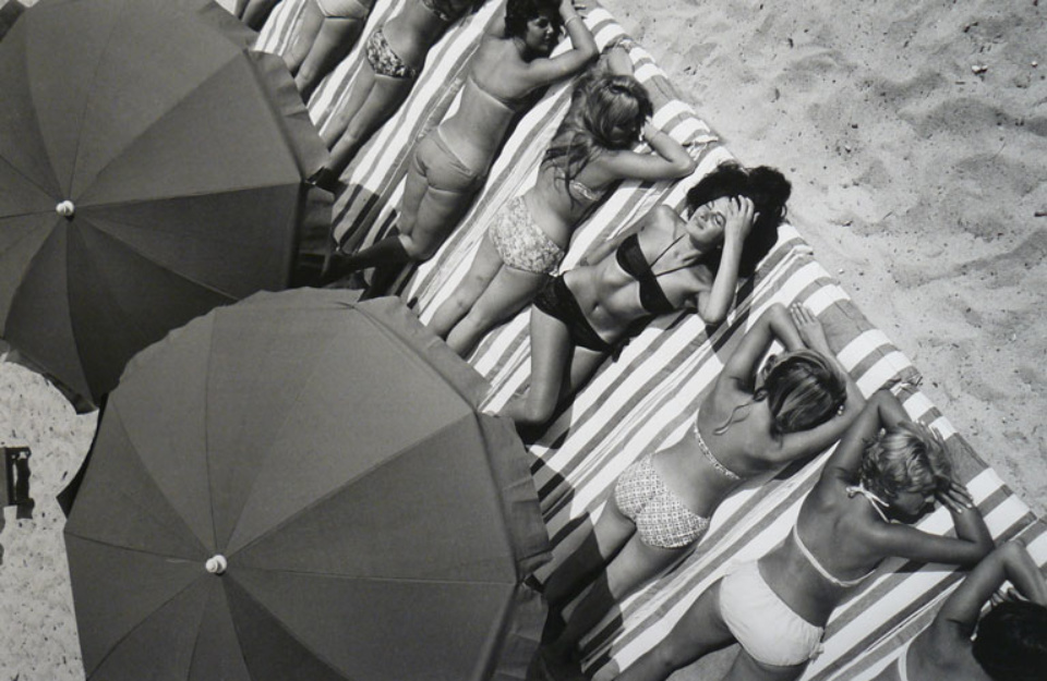 Elliott Erwitt St.Tropez France, 1959 Gelatin Silver Print Signed, titled, dated Available in different formats