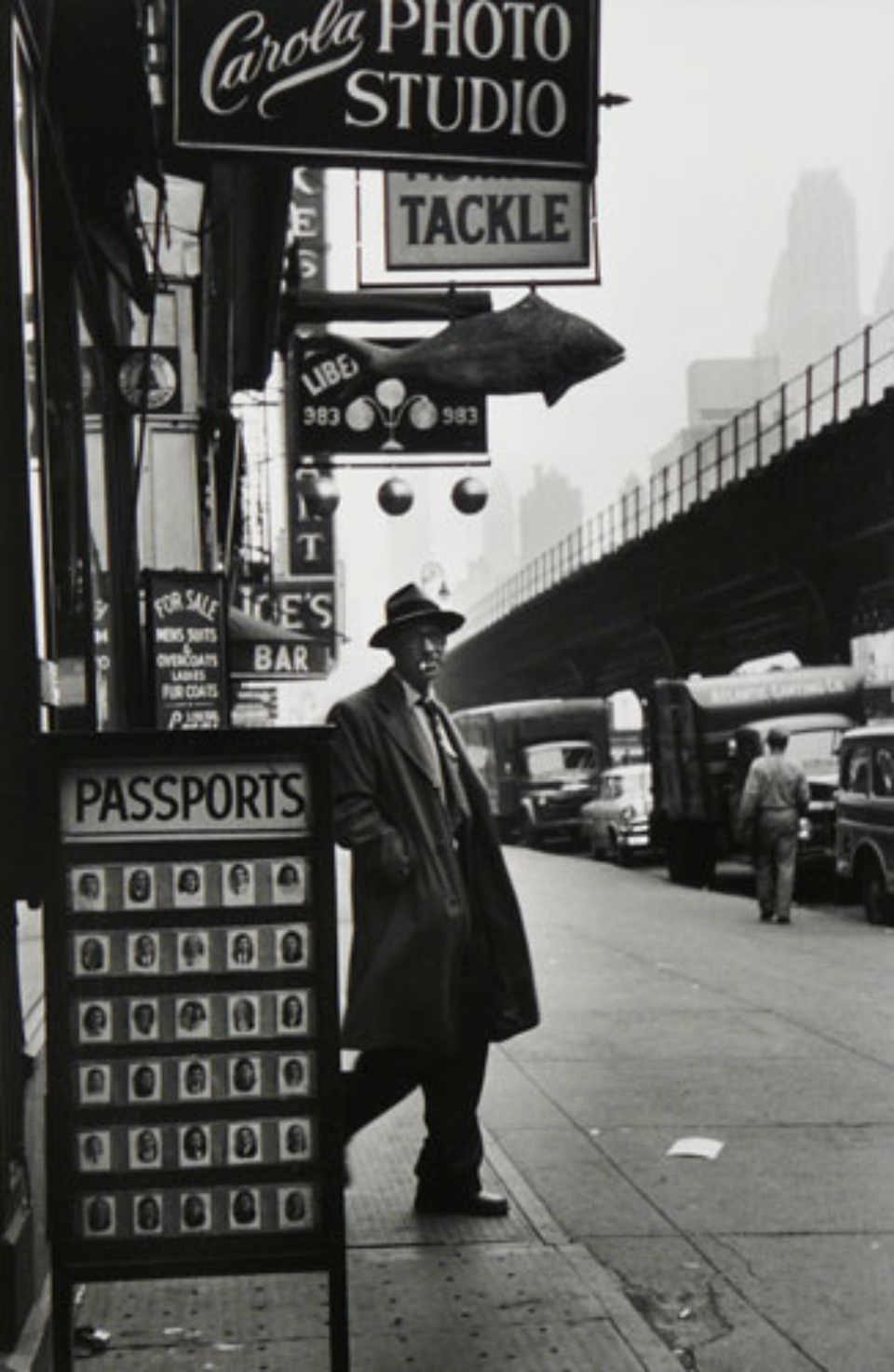 Elliott Erwitt NYC New York City, 1955 Gelatin Silver Print Signed, titled and dated Available in different formats