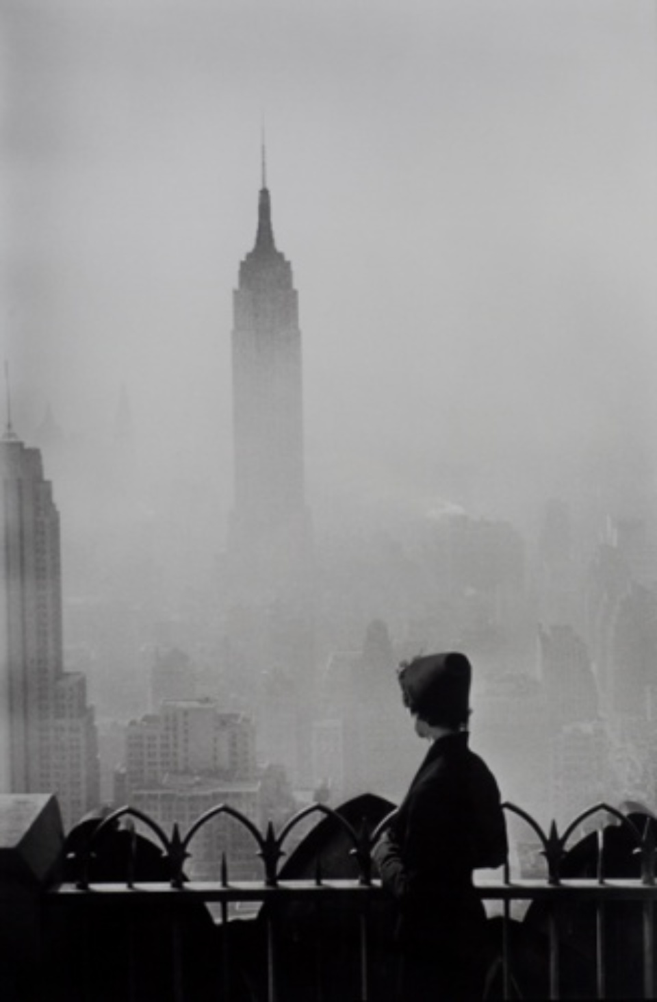 Elliott Erwitt: New York City 1955 Gelatin silver print, printed later Signed, titled and dated on verso 101 x 76 cm