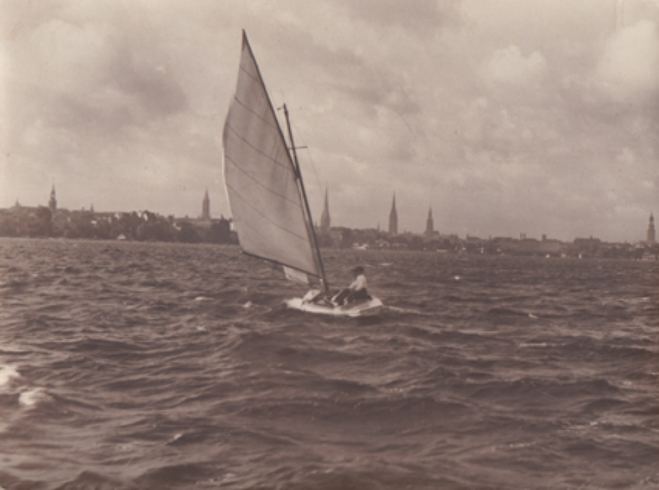 Franz Münster Untitled (Sailor on the Alster) Vintage Gelatin Silver Print Signed on verso 15 x 11,5 cm