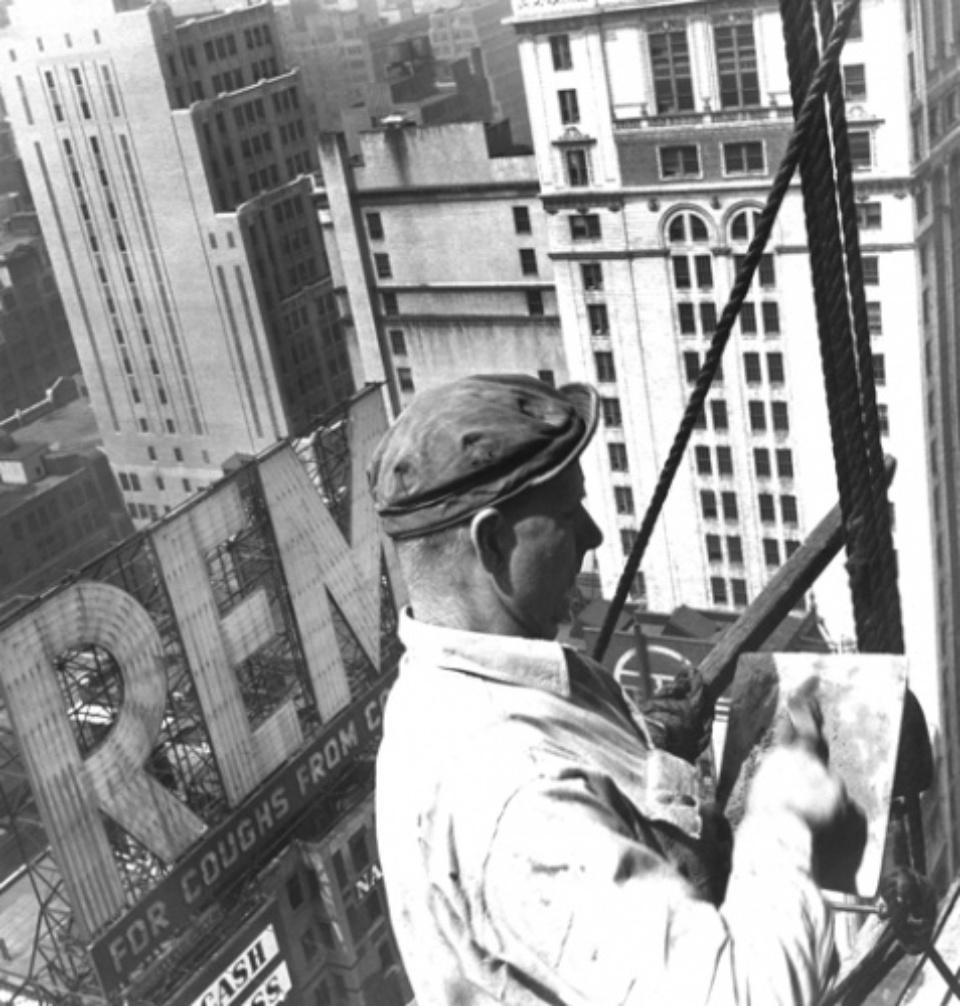 Fred Stein Scaffold Worker New York, 1948 Vintage gelatin silver print 22 x 20 cm