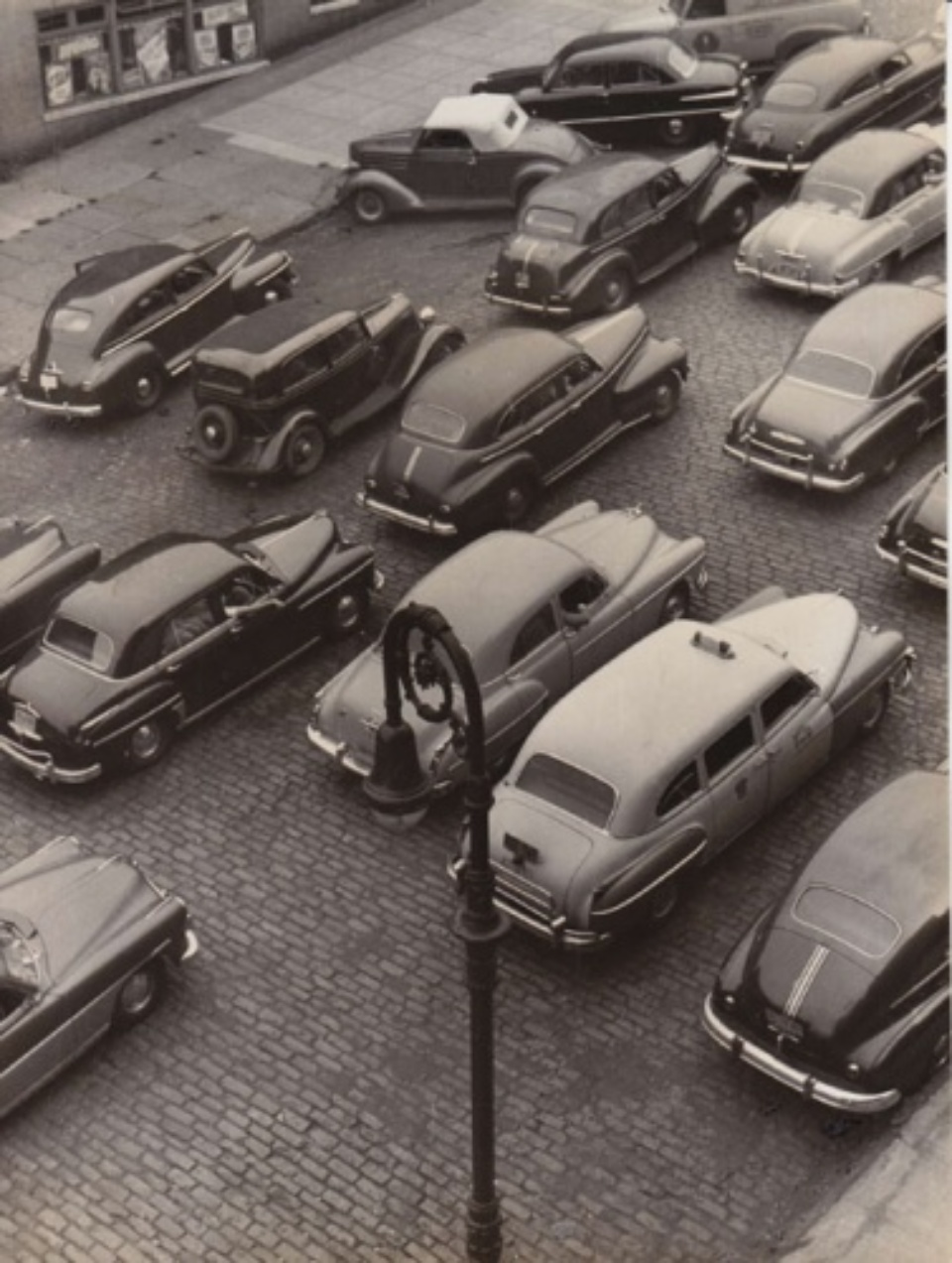 Fred Stein Traffic New York, 1949 Vintage gelatin silver print 24 x 18 cm
