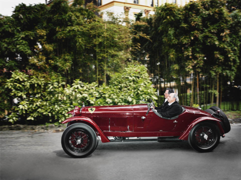 Henrik Jauert: Villa d'Este, 2010. Alfa Romeo 6C, 1500GS, 1933 Lake Como, 2010 C-Print 40 x 50 cm