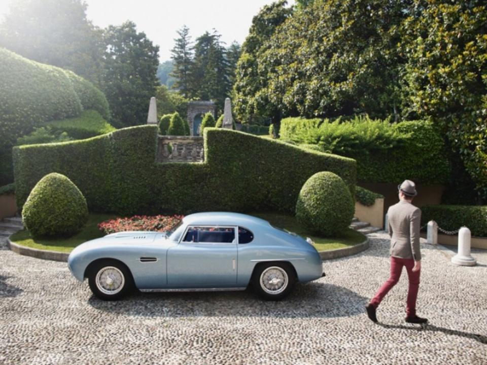 Henrik Jauert: Villa D'Este 2011. Siata 400 F Lake Como, 2011 C-Print 40 x 50 cm