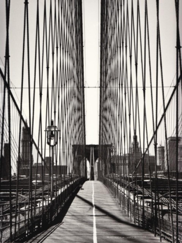 Franz Hubmann Brooklyn Bridge Nw York, 1971/74 Modern gelatin silver print Artist stamp on verso 32 x 26 cm