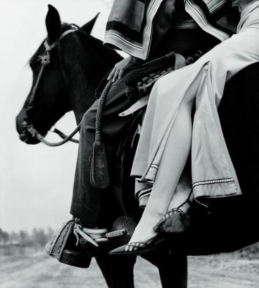 """Im Damensitz"". Falke Fashion 1963"