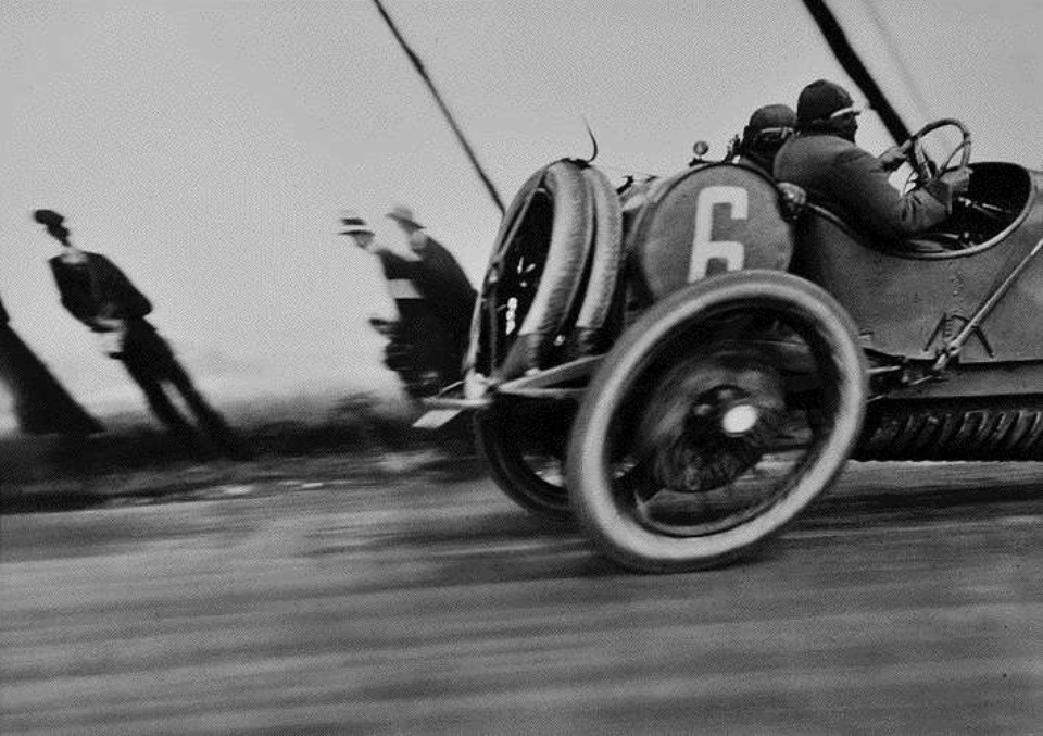 Jacques-Henri Lartigue Grand Prix de I`A.C.F. Circuit de Dieppe, 1912 Gelatin Silver Print 40 x 50 cm