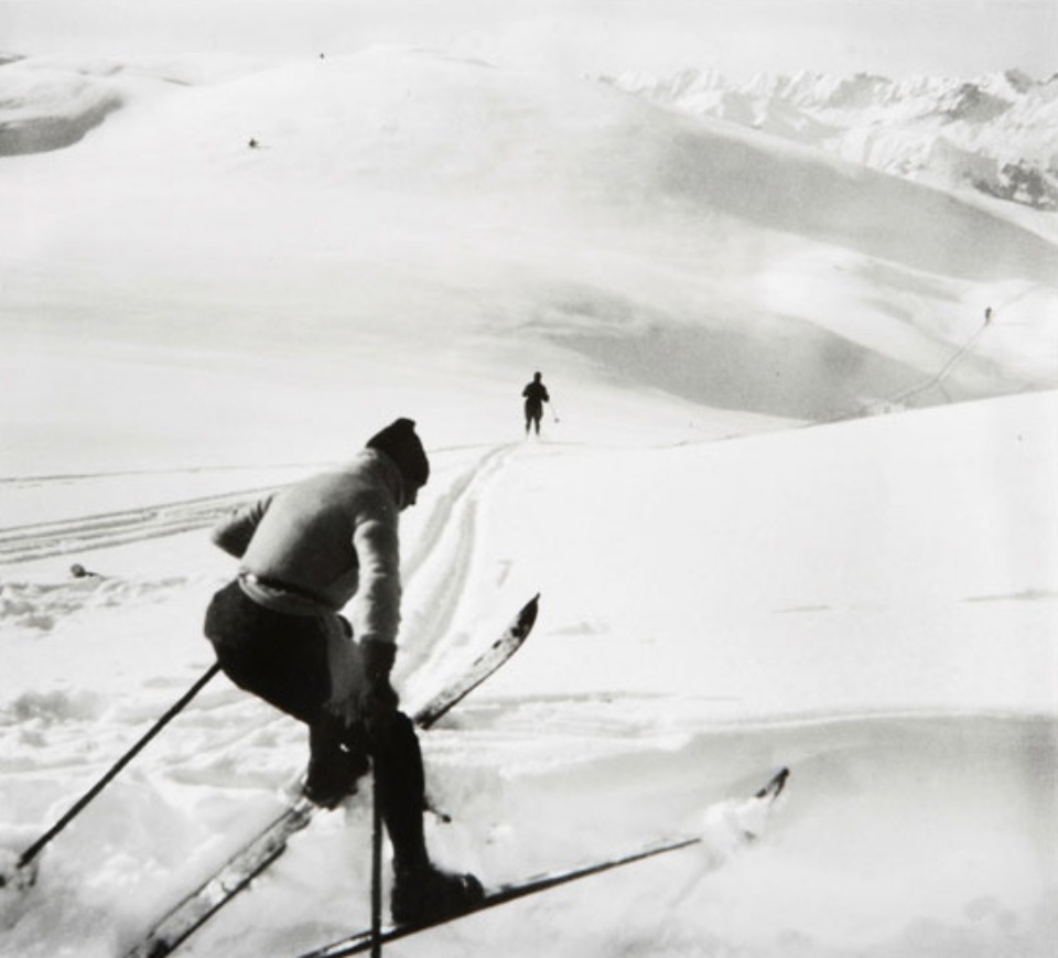 Jacques-Henri Lartigue Jean and Malvina, Chamonix 1919 Gelatin Silver Print Embossed on recto Estate stamp on verso 30 x 40 cm