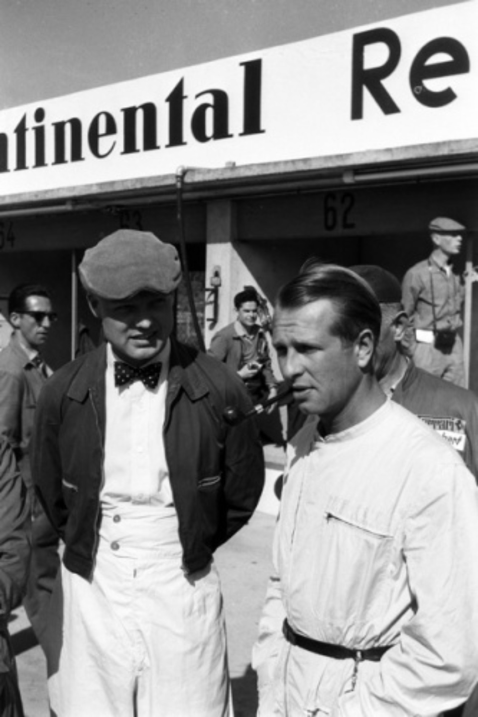 Marianne Fürstin zu Sayn-Wittgenstein-Sayn: 1. Juni 1958 - Nürburgring, 1000-km-Rennen. Mike Hawthorn und Peter Collins Nürburgring 1958 Gelatin silver print 82 x 55 cm 1/10