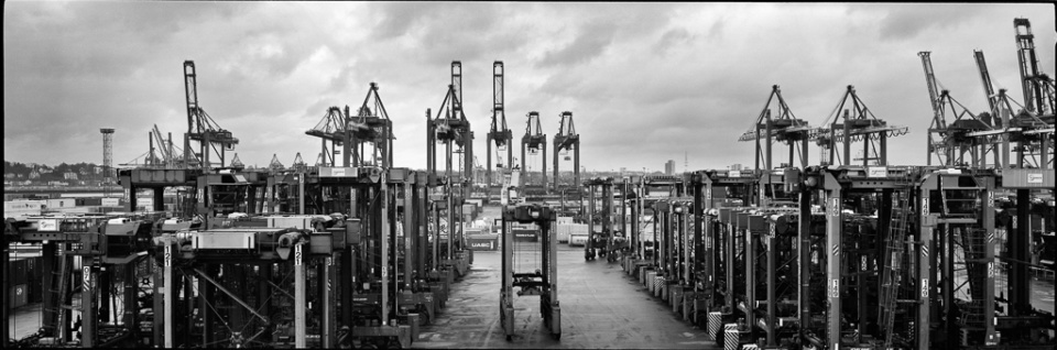 Paolo Pellegrin: Hafen II Hamburg, 2015 Silver Gelatin Print Signed Ed. 3
