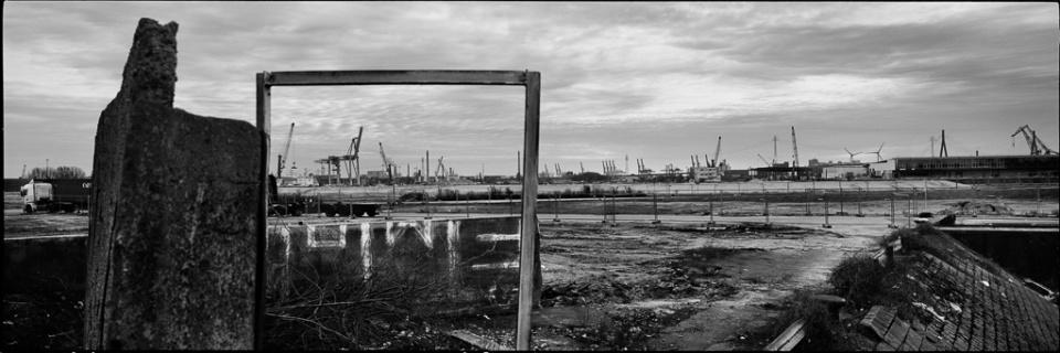 Paolo Pellegrin: Hafen VII Hamburg, 2015 Silver Gelatin Print Signed Ed. 3