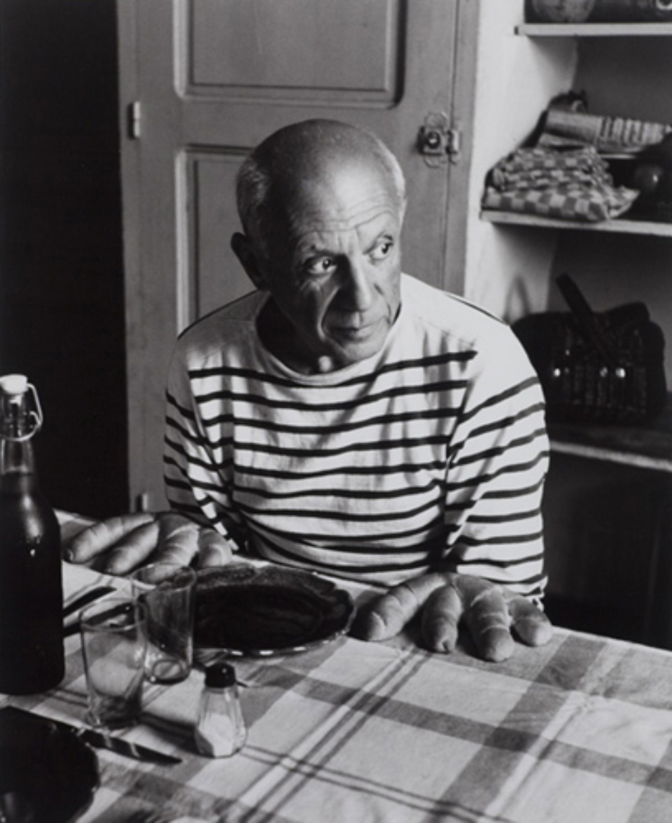 Robert Doisneau: Les pains de Picasso 1952 Signed on recto Gelatin silver print, printed later