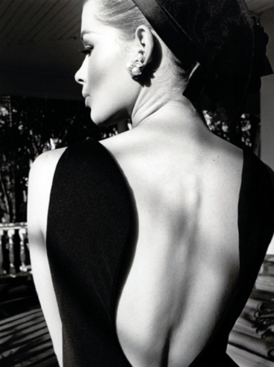Jeanloup Sieff Harper´s Bazaar 1964 Gelatin Silver Print, printed later Titled and dated, artist stamp on verso 40,5 x 30,5 cm