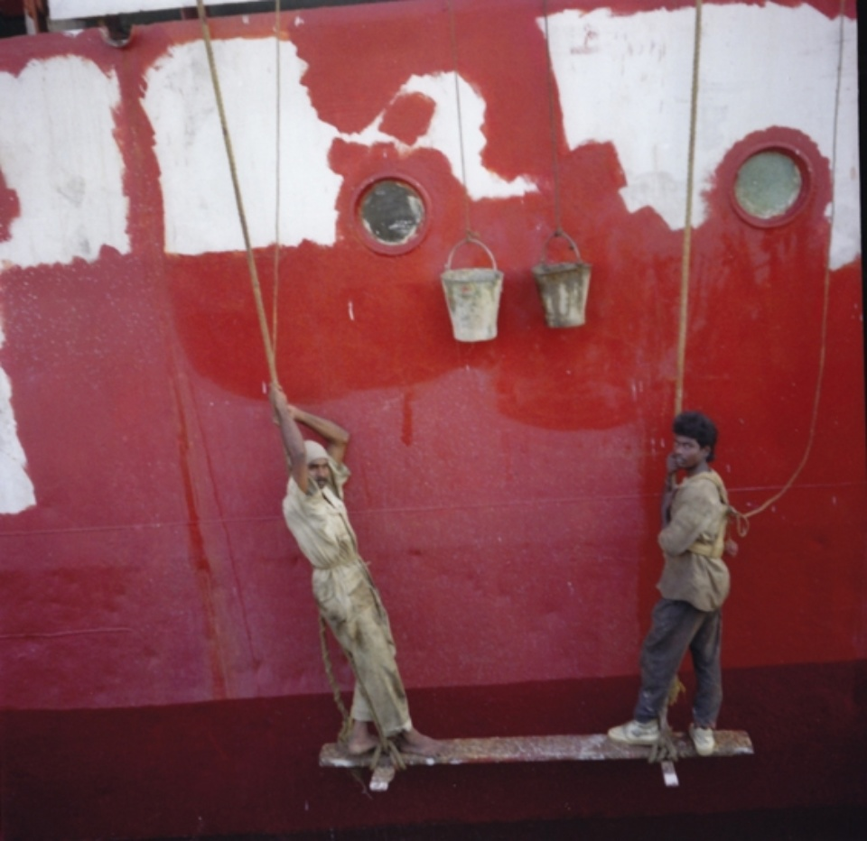 Sylvia Plachy Ship Painters India, 1995 Signed, titled and dated on verso Archival Pigment Print