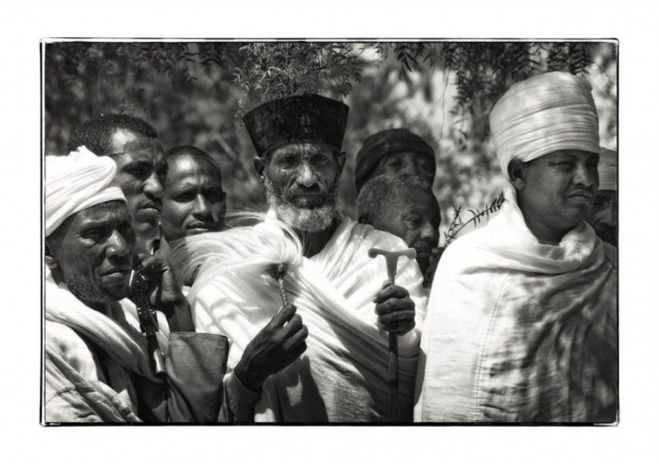 Friederike von Stackelberg Pepper Tree Sermon Ethiopia, 2013 Signed, dated and numbered Fine art print 50 x 70 cm (41,5 x 62 cm) Ed. 20