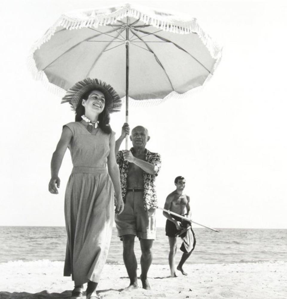 Robert Capa Picasso & Francoise Gilot Golfe-Juan, 1948 Modern gelatin silver print 50 x 40 cm