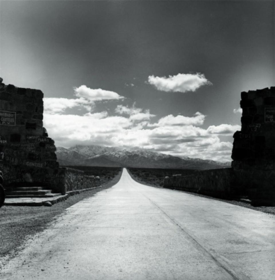 Carretera Pan - Americana Argentinien, 1956 (Silbergelatine Print)