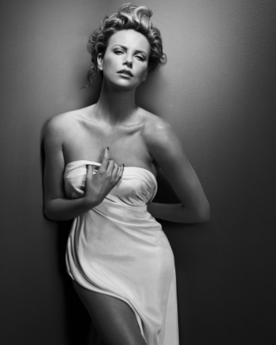 Vincent Peters: Charlize Theron New York, 2008 Modern fine art print Signed Ed. 7