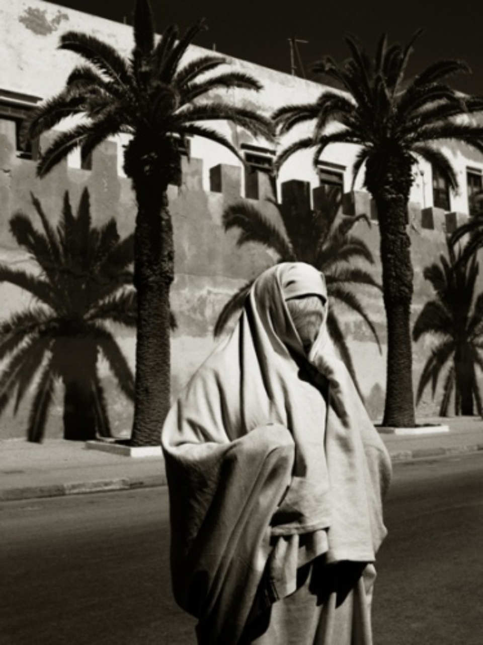 Albert Watson: Halima Ben Taj Essaouira, Morocco, 1998 Archival pigment print Signed, titled, dated and numbered on verso 76 x 61 cm Ed. 25