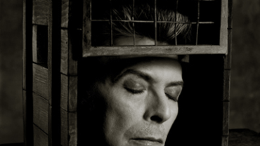 Albert Watson: David Bowie New York City, 1995 Artist label on verso Archival pigment print 76 x 61 cm Ed. 25