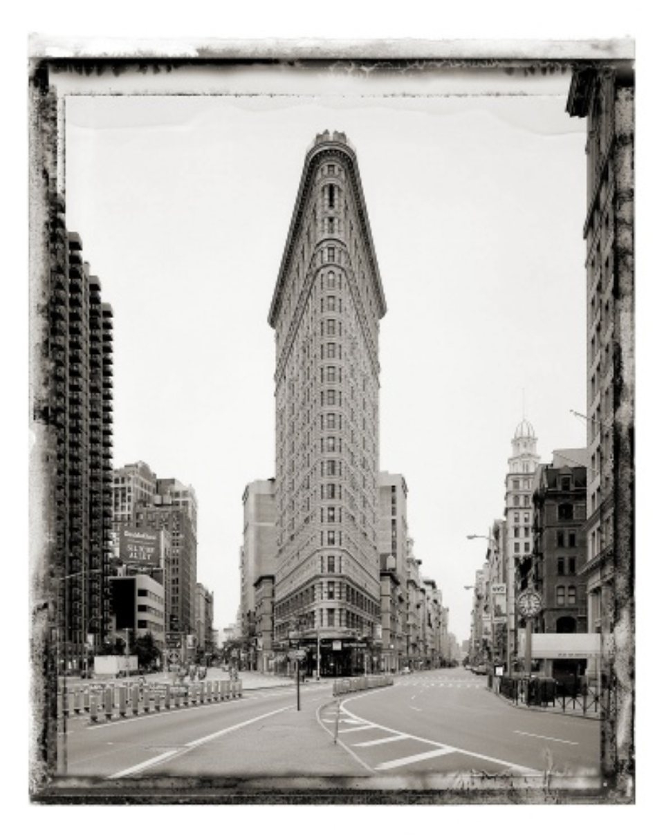 Christopher Thomas: Flatiron Building / Frontispiece new york sleeps