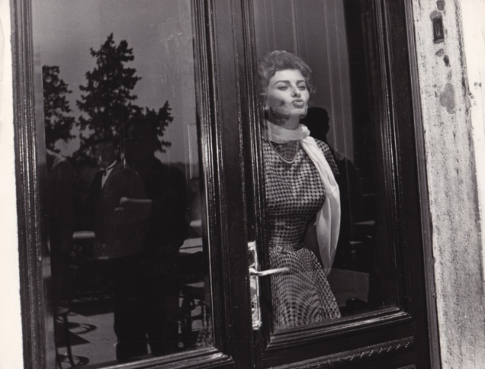 Vintage Press: Photograph Sophia Loren Rom, 1957 Vintage gelatin silver print Titled and dated on verso 18 x 24 cm