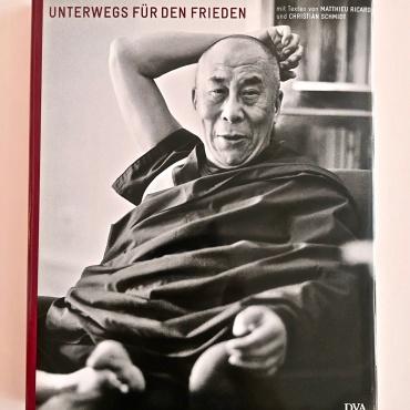 Seine Heiligkeit der 14. Dalai Lama - Unterwegs für den Frieden