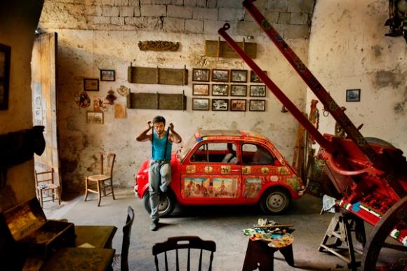 Steve McCurry. Sicily, Italy.
