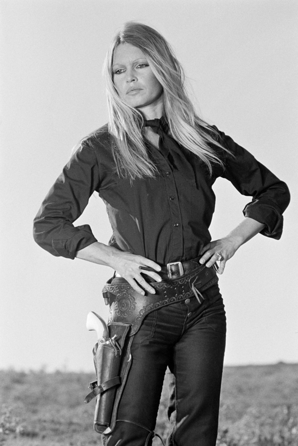 Terry O'Neill: Brigitte Bardot. Hands On Hips, Spain, 1971