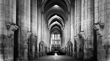 Thorsten Schimmel. Mosteiro de Santa Maria. Alcobaca Portugal, 2001