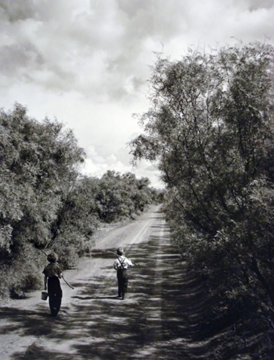 John Dominis. Going fishing, Texas, 1952