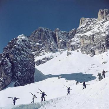 Slim Aarons. Cortina D'Ampezzo, Italy, 1962